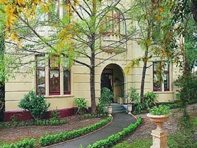 Quality Toorak Manor - Accommodation Brisbane