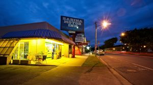 Sarina Motor Inn - Accommodation Brisbane