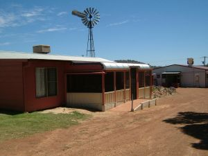 Bindoon's Windmill Farm - Accommodation Brisbane